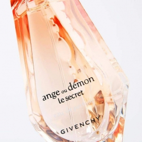 جیوانچی آنژو دمون له سکرت Givenchy Ange Ou Demon Le Secret